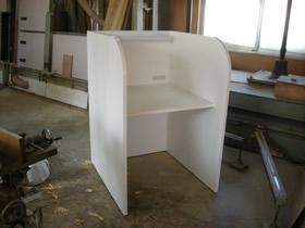 自習室用学習机が完成